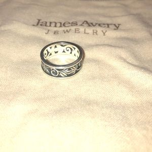 Retired James Avery Ring